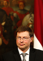 Il Primo Ministro della Lettonia Valdis Dombrovskis durante la conferenza stampa congiunta col Presidente del Consiglio a Palazzo Chigi, Roma, 11 luglio 2013.<br /> Latvia's Prime Minister Valdis Dombrovskis attends a joint press conference with the Italian Premier at Chigi Palace, Rome, 11 July 2013.<br /> UPDATE IMAGES PRESS/Riccardo De Luca