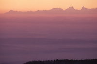 Europe/France/Alsace/68/Haut-Rhin/Le Grand Ballon (1424 mètres - Point culminant des Vosges): vue sur les Alpes à l'aube