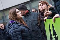 """Ca. 800 Menschen folgten am Samstag den 17. Februar 2018 in Berlin dem Aufruf der AfD-Frau Leyla Bilge zu einem sog. """"Marsch der Frauen"""". Sie demonstrierten gegen Zuwanderung und Fluechtlinge, die """"nur nach Deutschland kommen um hier Frauen zu schaenden"""" so einige Teilnehmer.<br /> Der rechte Aufmarsch wurde nach 750 Metern durch Strassenblockaden von ca. 2.000 Menschen gestoppt. Leyla Bilge weigerte sich als Anmelderin drei Stunden lang den blockierten  Aufmarsch zu beenden und forderte von der Polizei die Blockaden zu raeumen. Ein Raeumungsversuch der Polizei scheiterte, da es zu viele Menschen waren, die auf der Strasse sassen.<br /> Nach drei Stunden beendete Bilge den Aufmarsch. Die Demosntranten, unter ihnen etliche Neonazis, sog. """"Identitaere"""" und AfD-Politiker zogen darauf ab und griffen dabei Gegendemosntranten und Polizeibeamte an. Mehrere Personen wurden festgenommen. Ein Teil fuhr zum Kanzleramt, dem urspruenglichen Ziel des Aufmarsches.<br /> Links im Bild: Leyla Bilge.<br /> 17.2.2018, Berlin<br /> Copyright: Christian-Ditsch.de<br /> [Inhaltsveraendernde Manipulation des Fotos nur nach ausdruecklicher Genehmigung des Fotografen. Vereinbarungen ueber Abtretung von Persoenlichkeitsrechten/Model Release der abgebildeten Person/Personen liegen nicht vor. NO MODEL RELEASE! Nur fuer Redaktionelle Zwecke. Don't publish without copyright Christian-Ditsch.de, Veroeffentlichung nur mit Fotografennennung, sowie gegen Honorar, MwSt. und Beleg. Konto: I N G - D i B a, IBAN DE58500105175400192269, BIC INGDDEFFXXX, Kontakt: post@christian-ditsch.de<br /> Bei der Bearbeitung der Dateiinformationen darf die Urheberkennzeichnung in den EXIF- und  IPTC-Daten nicht entfernt werden, diese sind in digitalen Medien nach §95c UrhG rechtlich geschuetzt. Der Urhebervermerk wird gemaess §13 UrhG verlangt.]"""