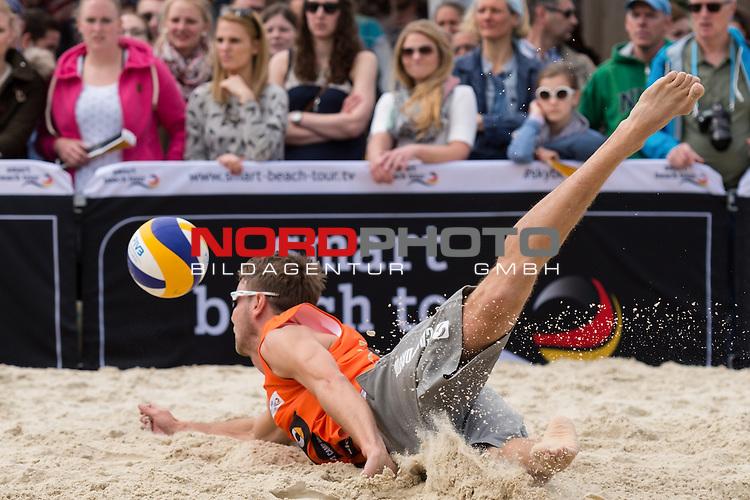 09.05.2015, Muenster, Schlossplatz<br /> smart beach tour, Supercup MŸnster / Muenster, Hauptfeld<br /> <br /> Abwehr Sebastian Windscheif<br /> <br />   Foto &copy; nordphoto / Kurth