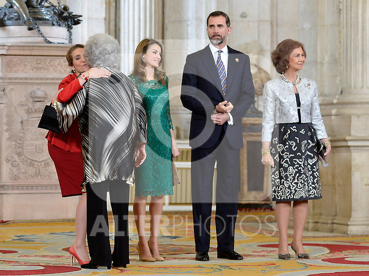 (L-R) Spanish Royals Princess Elena, Princess Letizia, Prince Felipe and Queen Sofia receive International Olympic Committee Evaluation Commission Team for a dinner at the Royal Palace.March 20,2013. (ALTERPHOTOS/Pool)