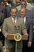 Washington, DC - May 4, 2001 -- Yankee Manager Joe Torre speaks at the ceremony where  U.S. President George W. Bush welcomed the Major League Baseball 2000 World Champion New York Yankees to the White House.<br /> Credit: Ron Sachs / CNP
