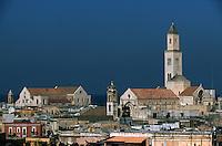 Europe/Italie/La Pouille/Bari: La basilique San Nicola (XIIème) - Elle était destinée à accueillir les reliques de Saint-Nicolas dérobées en Orient