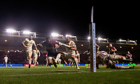 Harlequins' Nathan Earle scores his side's second try<br /> <br /> Photographer Bob Bradford/CameraSport<br /> <br /> Gallagher Premiership Round 9 - Harlequins v Exeter Chiefs - Friday 30th November 2018 - Twickenham Stoop - London<br /> <br /> World Copyright &copy; 2018 CameraSport. All rights reserved. 43 Linden Ave. Countesthorpe. Leicester. England. LE8 5PG - Tel: +44 (0) 116 277 4147 - admin@camerasport.com - www.camerasport.com