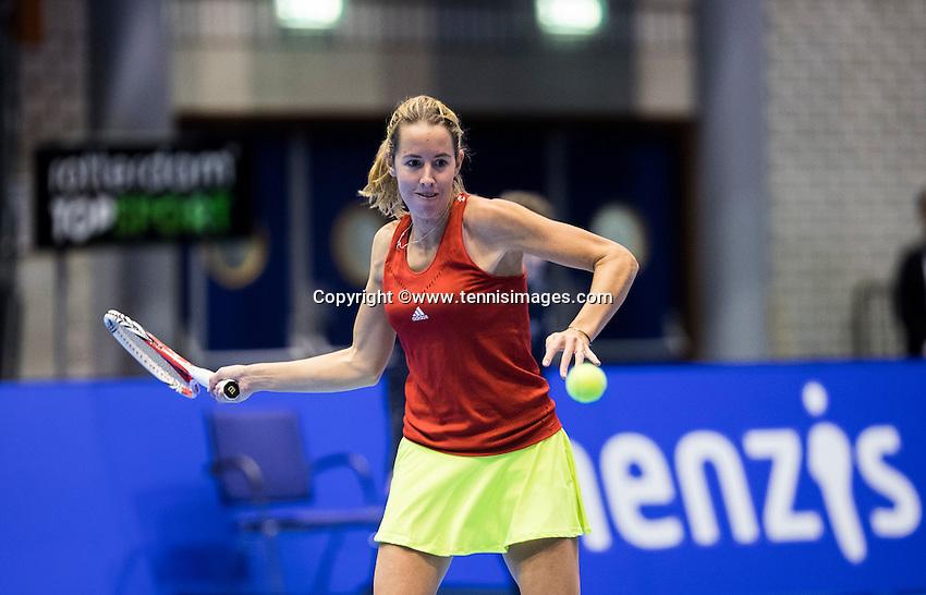 Rotterdam, Netherlands, December 17, 2016, Topsportcentrum, Lotto NK Tennis,   Chayenne Ewijk (NED)<br /> Photo: Tennisimages/Henk Koster