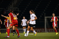 Portland Thorns midfielder Tobin Heath (17) during the first half against the Western New York Flash during the National Women's Soccer League (NWSL) finals at Sahlen's Stadium in Rochester, NY, on August 31, 2013.