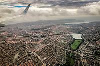 Udsigten fra et KLM fly mellem Amsterdam og K&oslash;benhavn. <br /> Foto: Jens Panduro