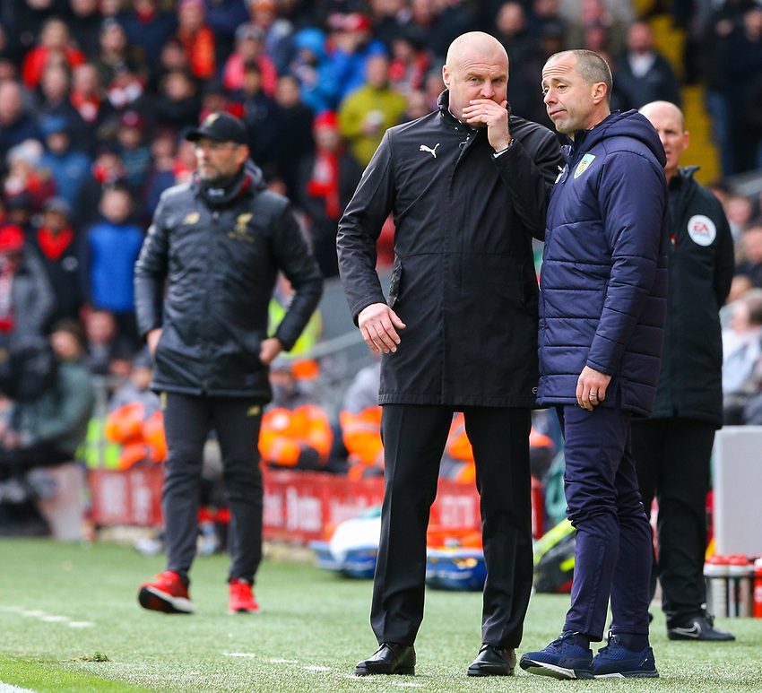 Burnley manager Sean Dyche has a word with assistant manger Ian Woan<br /> <br /> Photographer Alex Dodd/CameraSport<br /> <br /> The Premier League - Liverpool v Burnley - Sunday 10th March 2019 - Anfield - Liverpool<br /> <br /> World Copyright © 2019 CameraSport. All rights reserved. 43 Linden Ave. Countesthorpe. Leicester. England. LE8 5PG - Tel: +44 (0) 116 277 4147 - admin@camerasport.com - www.camerasport.com