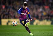 6th February 2019, Camp Nou, Barcelona, Spain; Copa del Rey football semi final, 1st leg, Barcelona versus Real Madrid; Lionel Messi of FC Barcelona takes a free shot