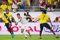 Action photo during the match Ecuador vs Peru at University of Phoenix Stadium Copa America Centenario 2016. ---Foto  de accion durante el partido Ecuador vs Peru, En el Estadio de la Universidad de Phoenix, Partido Correspondiante al Grupo - B -  de la Copa America Centenario USA 2016, en la foto: (I)-(D) Antonio Valencia, Raul Ruidiaz<br /> --- 08/06/2016/MEXSPORT/Osvaldo Aguilar.