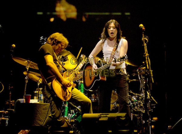 MICHELLE BRANCH.Live at The Pond of Anaheim.singing, live, stage, music, full length, full-length.www.capitalpictures.com.sales@capitalpictures.com.©Capital Pictures