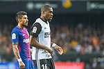 Jose Paulo Bezerra Maciel Junior, Paulinho, of FC Barcelona and Geoffrey Kondogbia of Valencia CF is seen during the La Liga 2017-18 match between Valencia CF and FC Barcelona at Estadio de Mestalla on November 26 2017 in Valencia, Spain. Photo by Maria Jose Segovia Carmona / Power Sport Images
