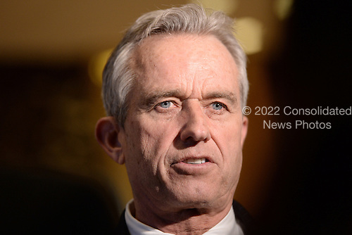Robert F. Kennedy Jr. talks to members of the media in the lobby of the Trump Tower in New York, NY, on January 10, 2017.<br /> Credit: Anthony Behar / Pool via CNP