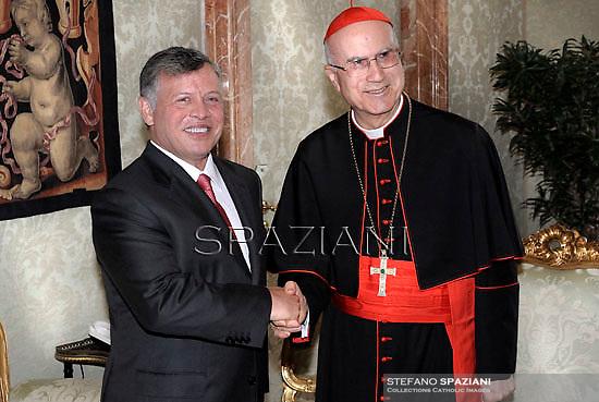Cardinal Tarcisio Bertone receives Jordan's king: Abdullah II ,Abd Allah ibn Husayn,   Rania of Jordan during a private audience at the Vatican on August 29, 2013.