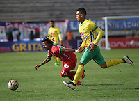 TUNJA -COLOMBIA, 7-08-2016. Acción de juego entre Patriotas vs Huila durante encuentro  por la fecha 7 de la Liga Aguila II 2016 disputado en el estadio de  La Independencia./ Action game between Patriotas FC and Huila during match for the date 7 of the Aguila League II 2016 played at La Independencia  stadium . Photo:VizzorImage / César Melgarejo   / Cont