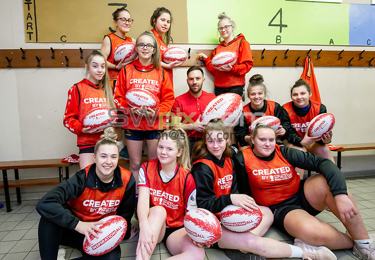 Picture by Allan McKenzie/SWpix.com - 26/02/2019 - Rugby League - CreatedBy RLWC2021 - Castleford Tigers Women - DeLacy Academy, Knottingley, England - Castleford Tigers Women with Luke Gale.