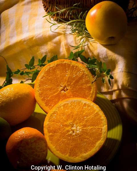 The goodness of oranges cut to show their beauty.