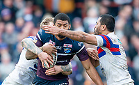 Picture by Allan McKenzie/SWpix.com - 08/04/2018 - Rugby League - Betfred Super League - Wakefield Trinity v Leeds Rhinos - The Mobile Rocket Stadium, Wakefield, England - Kallum Watkins is tackled by Matty Ashurst and Bill Tupou.