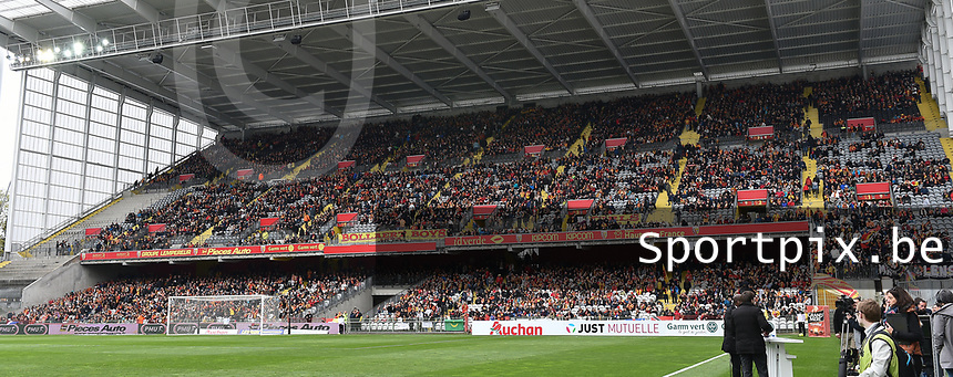 20170415 - LENS , FRANCE : pictured during the soccer match between Racing Club de LENS and AJ Auxerre , on the thirty third matchday in the French Dominos pizza Ligue 2 at the Stade Bollaert Delelis stadium , Lens . Saturday 15 April 2017 . PHOTO DIRK VUYLSTEKE   SPORTPIX.BE