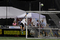 Houston Dash goalkeeper Lydia Williams (18) tips a shot over the crossbar during 2-2 against Western New York Flash