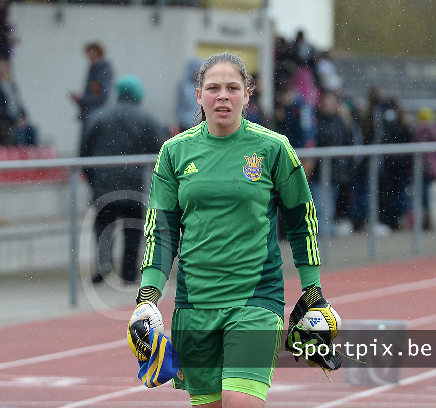 20150404 - FORST , GERMANY  : Ukrainian goalkeeper Daryna Bondarchuk pictured during the soccer match between Women Under 19 teams of Belgium and Ukraine , on the first matchday in group 5 of the UEFA Elite Round Women Under 19 at WaldseeStadion , Forst , Germany . Saturday 4th April 2015 . PHOTO DAVID CATRY