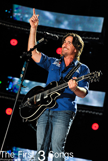 Jake Owen performs at LP Field during the 2012 CMA Music Festival on June 08, 2011 in Nashville, Tennessee.