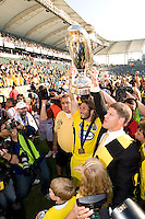 Frankie Hejduk and Clark Hunt hold the MLS Cup Trophy during MLS Cup 2008. Columbus Crew defeated the New York Red Bulls, 3-1, Sunday, November 23, 2008. Photo by John Todd/isiphotos.com