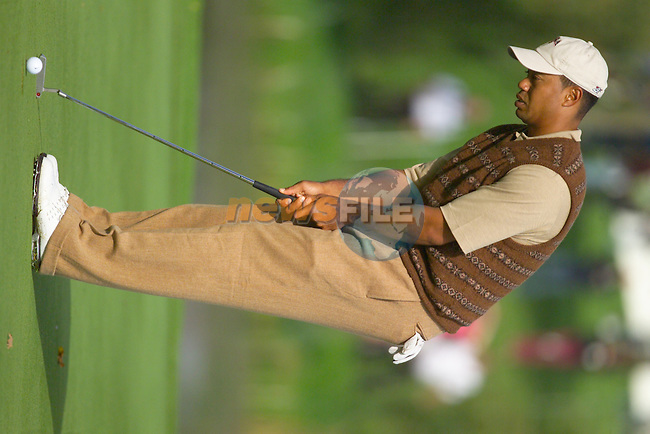 Straffin Co Kildare Ireland. K Club Ruder Cup...Tiger Woods on the 14th green on practice day 3 at the K Club in Straffan, Co Kildare, Ireland, 21 September 2006. The Ryder Cup competition between the American and European teams starts 22 September...Photo: Eoin Clarke/ Newsfile.<br />