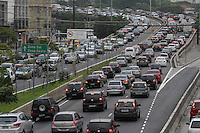 S&Atilde;O PAULO, SP, 30/01/2012, TRANSITO RADIAL LESTE.<br /> <br /> Muito transito na Av. Alcantara Machado, tamb&eacute;m conhecida como Radial Leste, na manh&atilde; de hoje (30).<br /> <br /> Luiz Guarnieri/ News Free