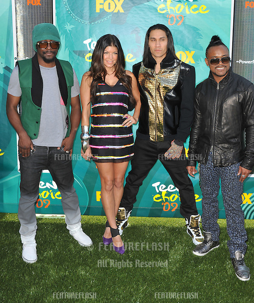 Fergie & The Black Eyed Peas at the 2009 Teen Choice Awards at the Gibson Amphitheatre, Universal City..August 9, 2009  Los Angeles, CA.Picture: Paul Smith / Featureflash