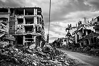 GAZA, Beit Hanoun: quartier de Beit Hanoun, nord de Gaza, d&eacute;truit par les bombardements isra&eacute;liens. A gauche, la maison de la famille Abu Ouda partiellement d&eacute;truite lors de la guerre de l'&eacute;t&eacute; 2014. <br /> <br /> GAZA: Beit Hanoun, northern  neighborhood of Gaza, destroyed by Israeli bombing. On the left, the house of the family Abu Ouda partly destroyed during the 2014 war.