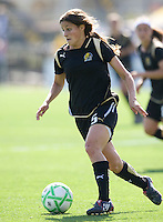 24 May 2009: Tina DiMartino of the FC Gold Pride in action during the game against Los Angeles Sol at Buck Shaw Stadium in Santa Clara, California.  Los Angeles Sol defeated FC Gold Pride, 2-0.