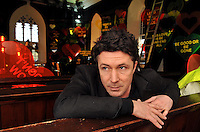 Aidan Gillen, star of LOVE/HATE, The Wire and the latest Batman Movie 'The Dark Knight Rises' where he plays the bad in the opening scene on an aeroplane pictured in Dingle, County Kerry on Friday where he is currently presenting 'Other Voices'.<br /> Picture by Don MacMonagle