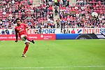 Der Mainzer Kunde Malong Pierre beim Freisto&szlig;<br />  beim Spiel in der Fussball Bundesliga, 1. FSV Mainz 05 - Hertha BSC.<br /> <br /> Foto &copy; PIX-Sportfotos *** Foto ist honorarpflichtig! *** Auf Anfrage in hoeherer Qualitaet/Aufloesung. Belegexemplar erbeten. Veroeffentlichung ausschliesslich fuer journalistisch-publizistische Zwecke. For editorial use only.