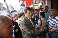 ATENÇÃO EDITOR: FOTO EMBARGADA PARA VEÍCULOS INTERNACIONAIS. - SAO PAULO, SP, 21 DE SETEMBRO 2012 - SP/POL/ELEIÇÕES 2012 - FERNANDO HADDAD - O candidato do PT a prefeitura Fernando Haddad fez caminhada no centro comercial de São Miguel Paulista na zona leste de São Paulo, nesta sexta-feira, 21. <br /> (FOTO: PADUARDO / BRAZIL PHOTO PRESS).