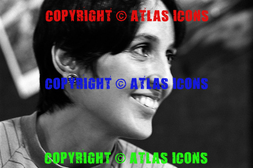 Joan Baez, 1968<br /> Photo Credit: Baron Wolman\AtlasIcons.com