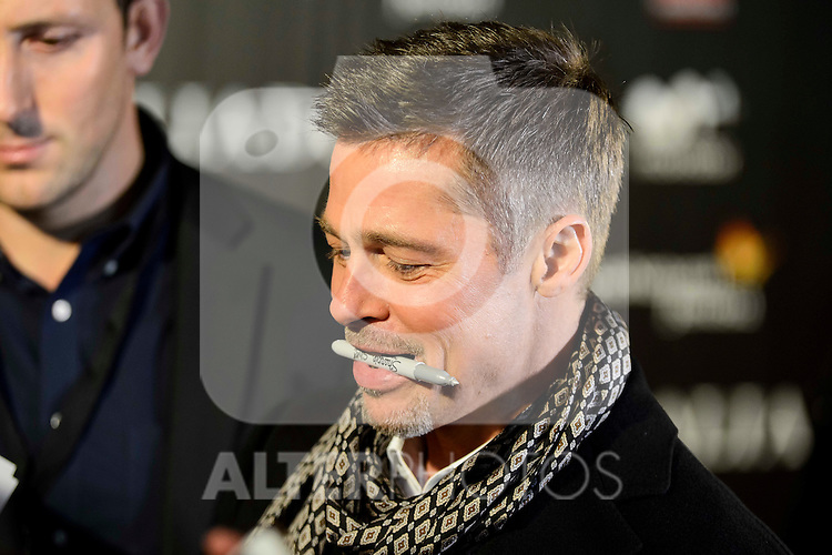 """American actor Brad Pitt attends to the photocall of the premiere of """"Aliados"""" in Madrid. November 22, 2016. (ALTERPHOTOS/Borja B.Hojas)"""