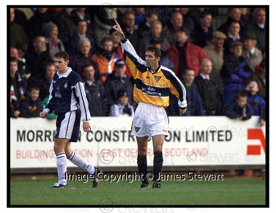 20th November 1999                 Copyright Pic : James Stewart .Ref :                      11-falkirk v dunfermline                        .OWEN COYLE CELEBRATES AFTER OPENING THE SCORING FOR DUNFERMLINE.....Payments to :-.James Stewart Photo Agency, Stewart House, Stewart Road, Falkirk. FK2 7AS      Vat Reg No. 607 6932 25.Office : +44 (0) 1324 630007        Mobile : 07721 416997.Fax     : +44 (0) 1324 630007.E-mail : jim@jspa.co.uk.If you require further information then contact Jim Stewart on any of the numbers above.........