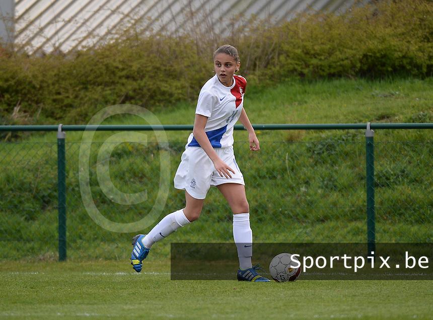 Women U15 : Belgian Red Flames - Nederland :<br /> <br /> Anne Bhagerath<br /> <br /> foto Dirk Vuylsteke / Nikonpro.be