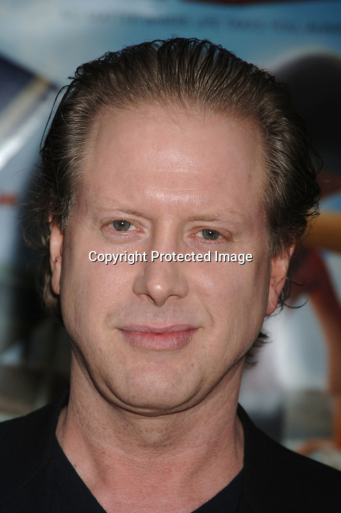 "Mia and Darrell Hammond..arriving at the Premiere of ""Everyone's Hero"" on     September 12, 2006 at The AMC Loews Lincoln Square. ..This was Christopher Reeves last project before he died and he was the original director on this project. ..Robin Platzer, Twin Images"