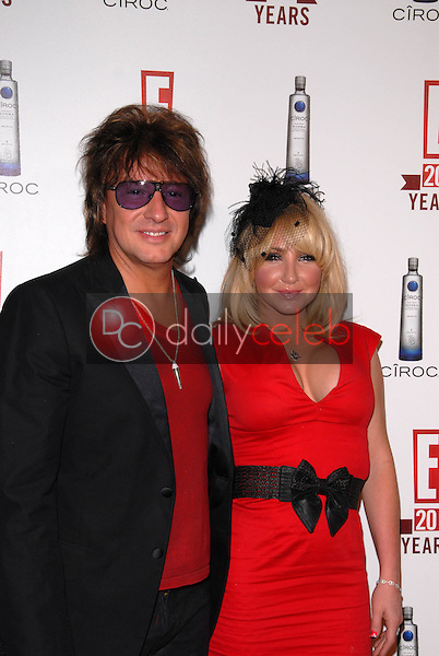 Richie Sambora and Nikki Lund<br /> at E!'s 20th Birthday Bash Celebrating Two Decades of Pop Culture, The London, West Hollywood, CA. 05-24-10<br /> David Edwards/DailyCeleb.Com 818-249-4998