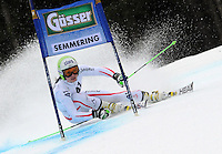 ATENCAO EDITOR IMAGEM EMBARGADA PARA VEICULOS INTERNACIONAIS - SEMMERING, AUSTRIA, 28 DEZEMBRO 2012 - AUDI FIS ALPINE WORLD CUP - A atleta austriaca Anna Fenninger compete na prova de Slalom Gigante do esqui Alpino durante a Audi FIS World Cup em Semmering na Austria nesta sexta-feira, 28. (FOTO: PIXATHLON / BRAZIL PHOTO PRESS).