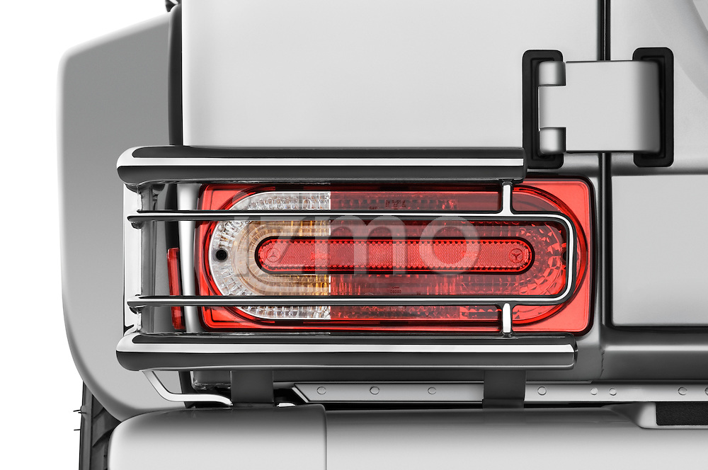 Tail light close up detail view of a 2008 Mercedes Benz G55 AMG