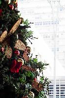 SÃO PAULO-SP-11.11.2014- NATAL - SÃO PAULO - Decoração de Natal no Shopping 3 que fica na Avenida Paulista,região centro sul da cidade de São Paulo,na tarde dessa terça-feira,11(Foto:Kevin David/Brazil Photo Press)