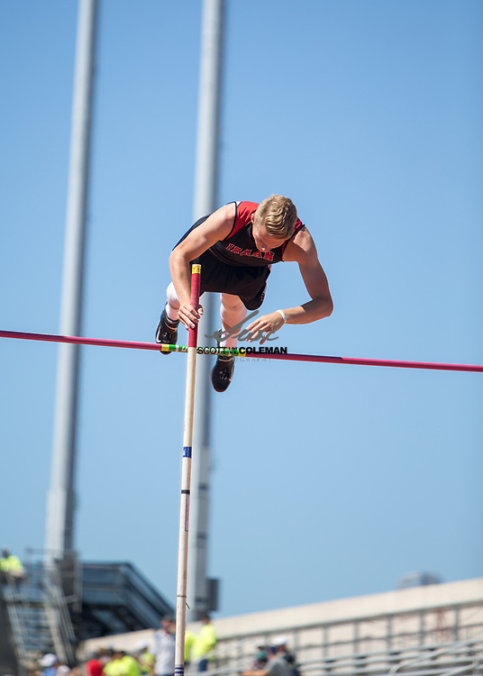 Kyle O'Bannon of Iraan High School competes in the Class 2A pole vault event at the UIL State Track and Field Meet at Mike A. Myers Stadium in Austin, Texas, on Friday, May 12, 2017. O'Bannon finished fourth in the event with a vault of 15 feet.