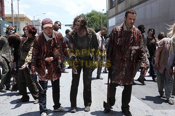 """Steven Yeun & Andrew Lincoln.in The Walking Dead (series 1, episode 2, """"Guts"""").*Filmstill - Editorial Use Only*.CAP/NFS.Supplied by Capital Pictures."""