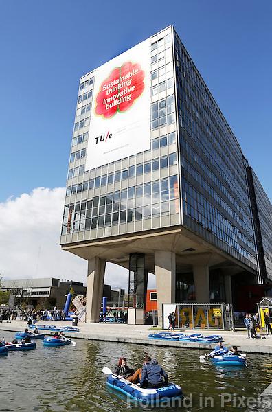 Nederland Eindhoven 2016 04 23. De campus van de Technische Universiteit Eindhoven transformeert op vrijdag 22 tot en met zondag 24 april tot een festivalterrein in het kader van het 60-jarig bestaan van de universiteit. Technologie, innovatie, muziek, kunst, debat, wetenschap en een veelzijdige food line-up zullen de campus tot een levendig terrein omtoveren.   Foto Berlinda van Dam / Hollandse Hoogte