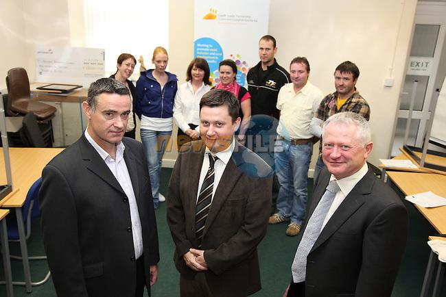 Hugh Doogan Partnership, Dennis Cumins President DKIT and Paul Surlis Access 21 with students..Photo: Fran Caffrey/www.newsfile.ie...