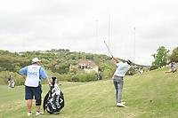 Kevin Kisner (USA) hits his approach shot on 2 during day 5 of the World Golf Championships, Dell Match Play, Austin Country Club, Austin, Texas. 3/25/2018.<br /> Picture: Golffile | Ken Murray<br /> <br /> <br /> All photo usage must carry mandatory copyright credit (&copy; Golffile | Ken Murray)