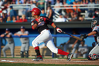 Batavia Muckdogs second baseman Giovanny Alfonzo (8) at bat during a game against the Mahoning Valley Scrappers on July 3, 2015 at Dwyer Stadium in Batavia, New York.  Batavia defeated Mahoning Valley 7-4.  (Mike Janes/Four Seam Images)